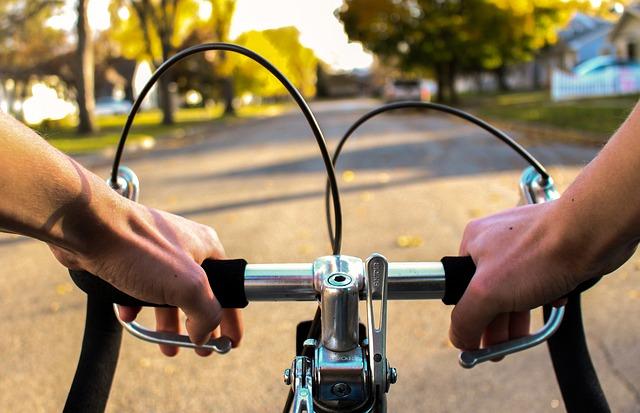 自転車に乗り追いかける夢占い