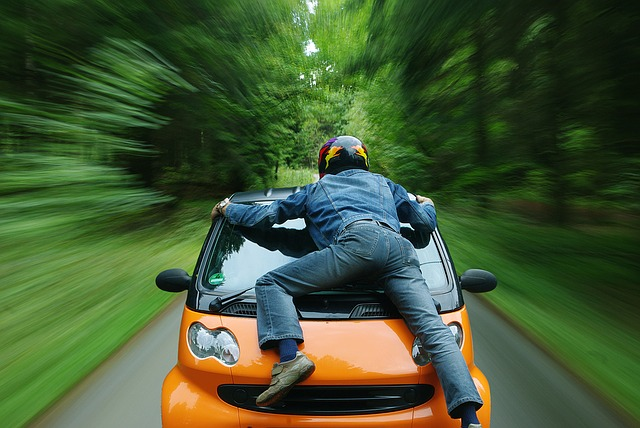 車で事故に遭う夢(被害者側)