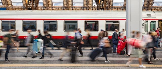 電車から降りる夢