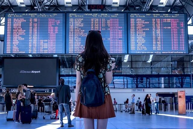 ひとりで旅行する夢占い