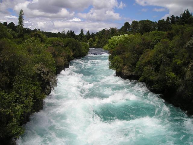 川が増水している夢占い